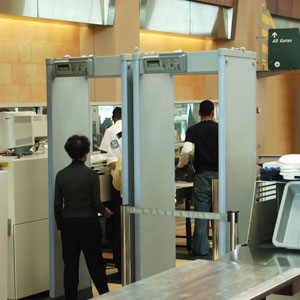 Airport security scanners a no-no for diabetes devices