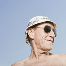 Vitamin D levels: higher is not better in old age